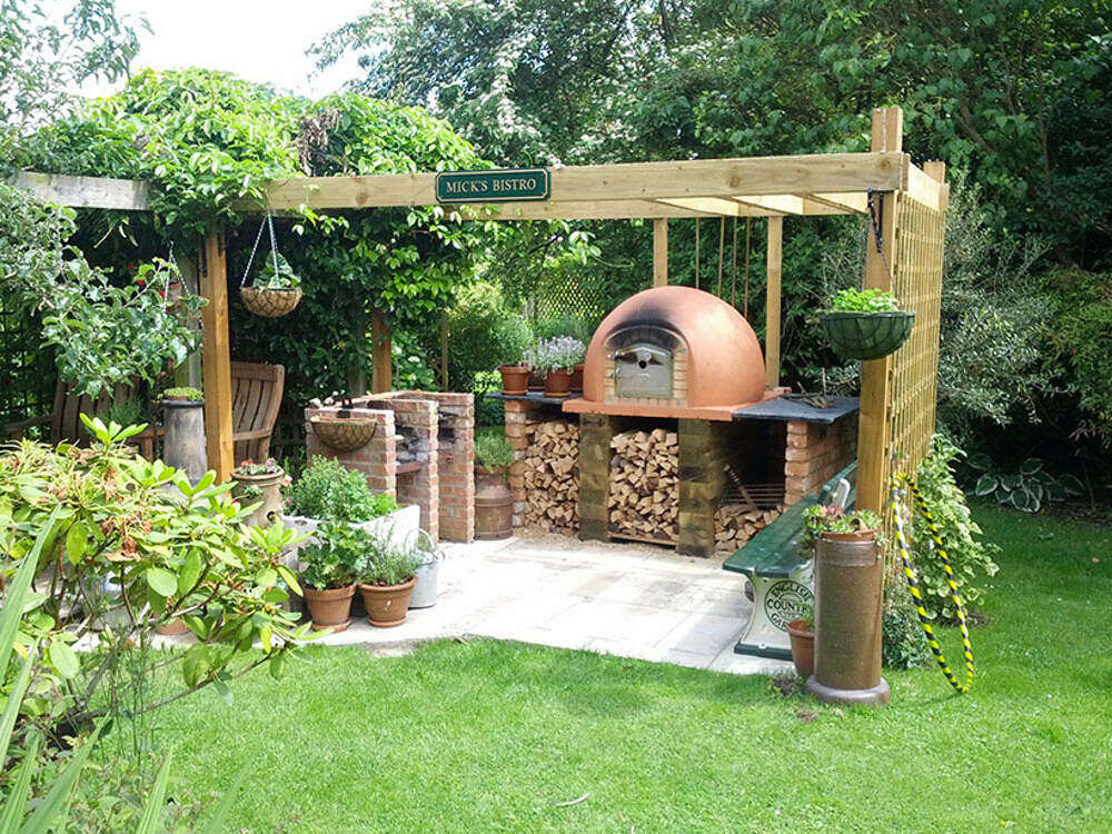 Bespoke Wood Fired Pizza Ovens by Amigo Ovens (4)